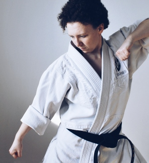 Gyaku Zenkutsu Dachi